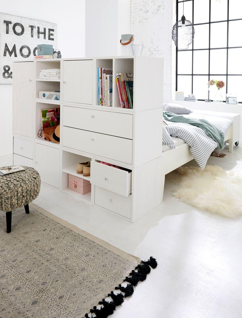 Regal als Raumteiler im Jugendzimmer