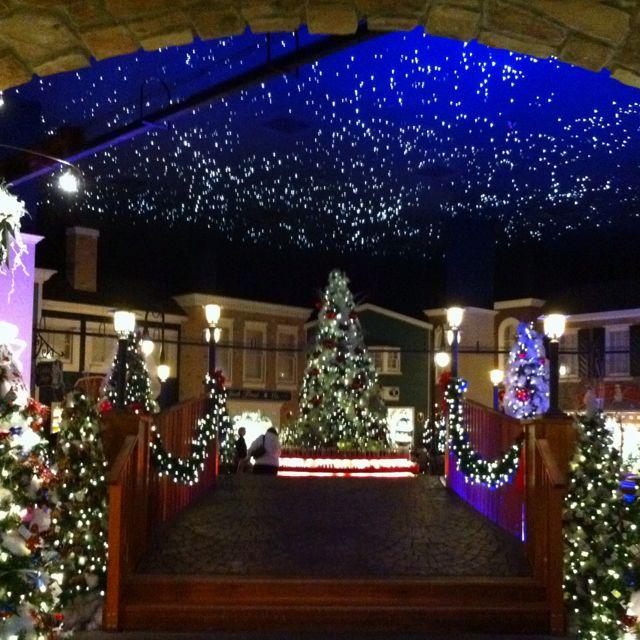 Williamsburg Christmas.Yankee Candle Christmas Shop Williamsburg Va Yankee