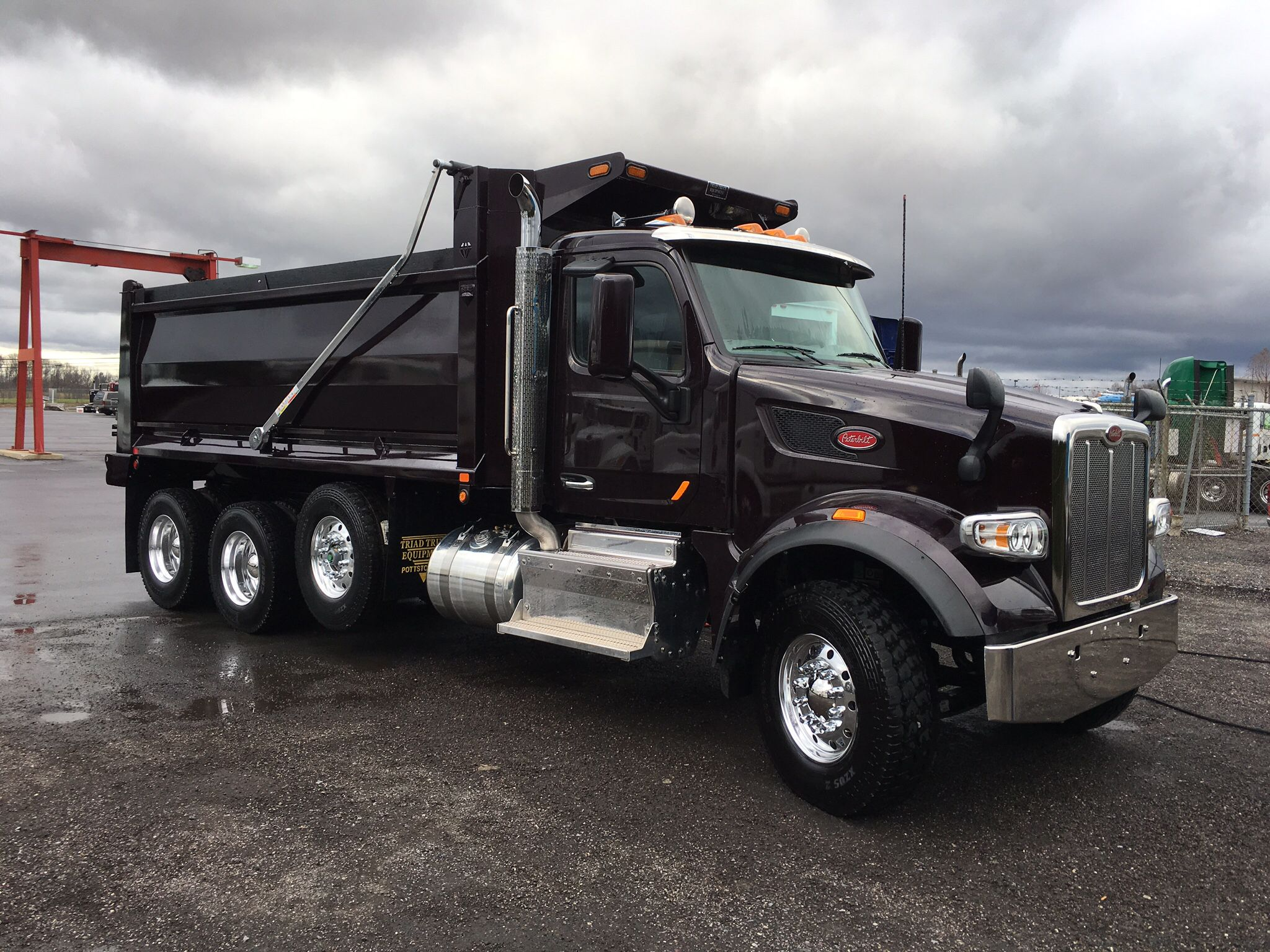 Dump truck see more 2017 peterbilt 567 500hp 18spd eaton