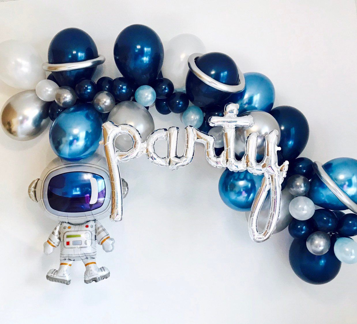 Space Balloon Garland, Space party, Out of this world, Outer Space Party, Astronaut, Blast off Birthday, Space Birthday, To the Moon #outerspaceparty