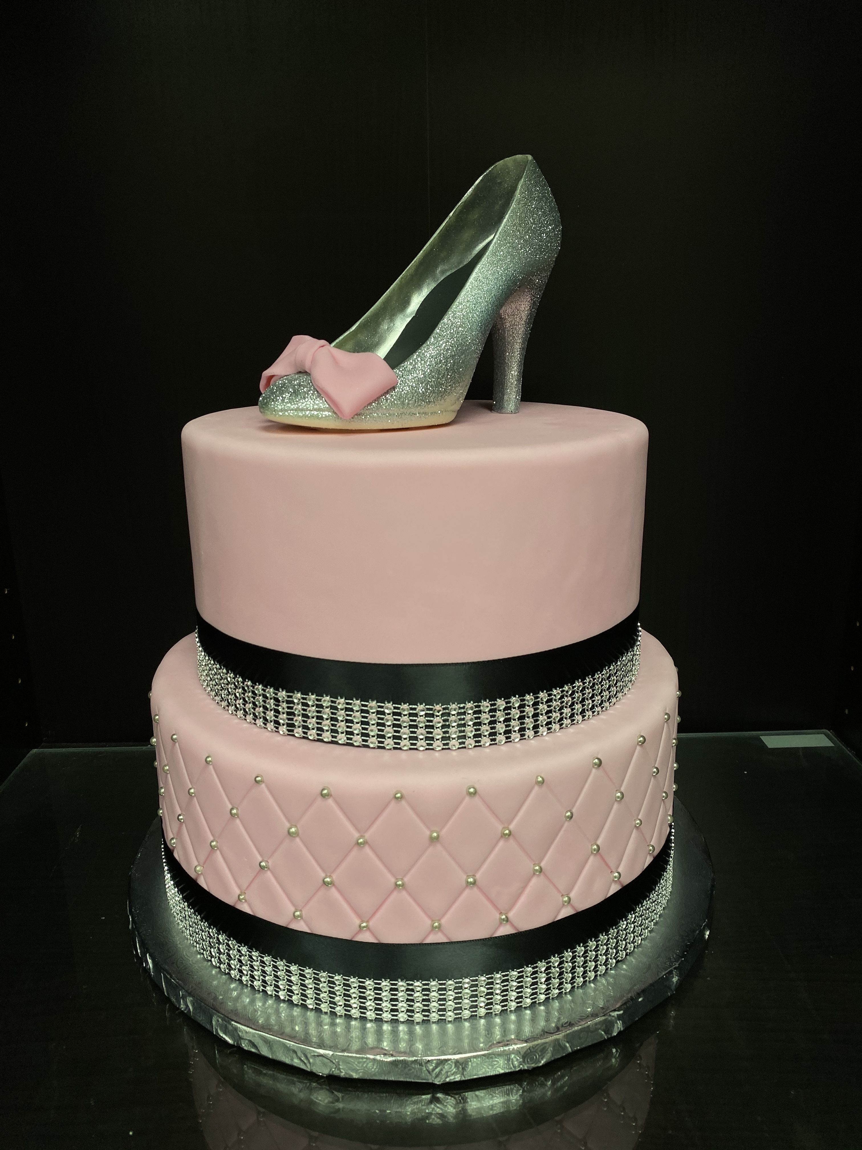 Pin by gourmet goodies cupcake bak on custom cakes