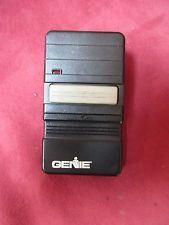 Genie Garage Door Opener Remote Model Gt90 1 With Clip Battery