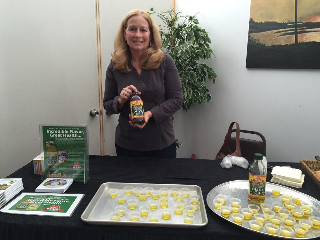 Ready for my #OliveOil presentation with Bragg EVOO @patriciabragg at the #Greek Festival. Opa!