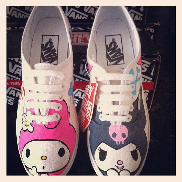 Google Image Result for http://www.deviantart.com/download/309738868/hello_kitty_my_melody_and_kuromi_vans_by_verybadthing-d54es1g.jpg