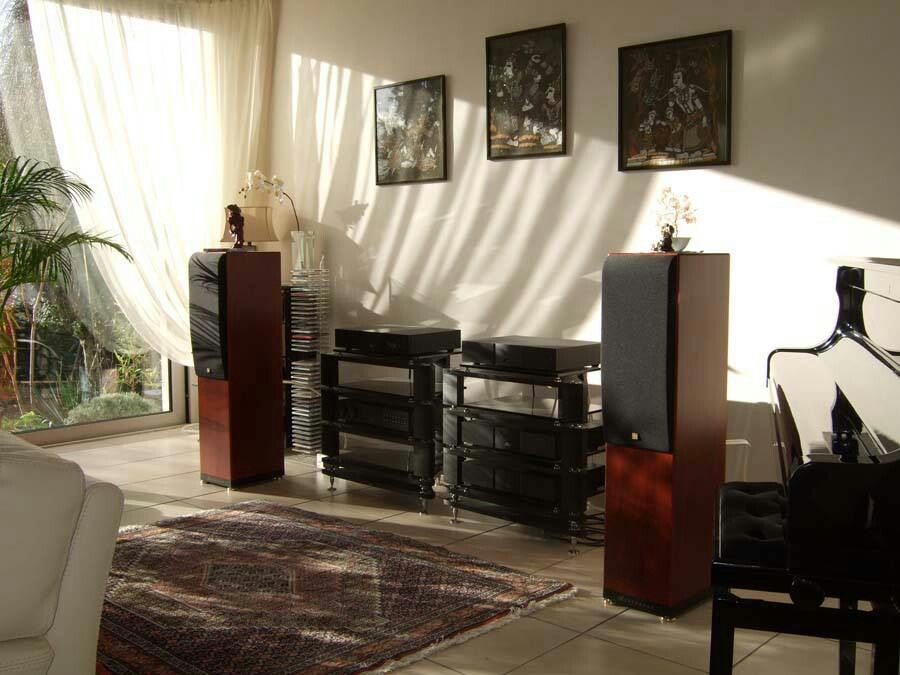 Home music listening room | The Beauty of a Home Music ...