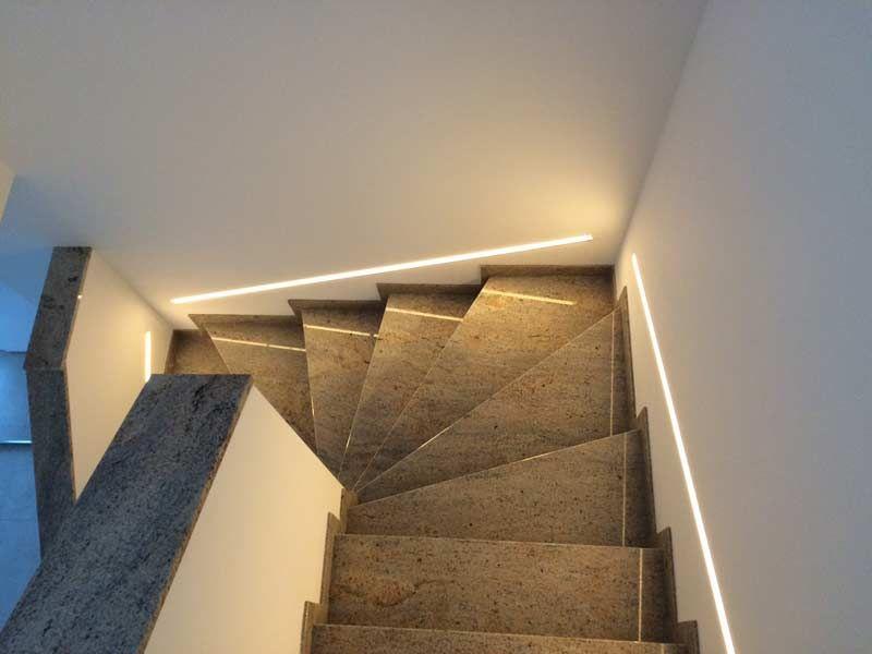Pin Von Sonja Schmidt Auf Hausideen Licht Led Treppenbeleuchtung Led Streifen Treppenbeleuchtung