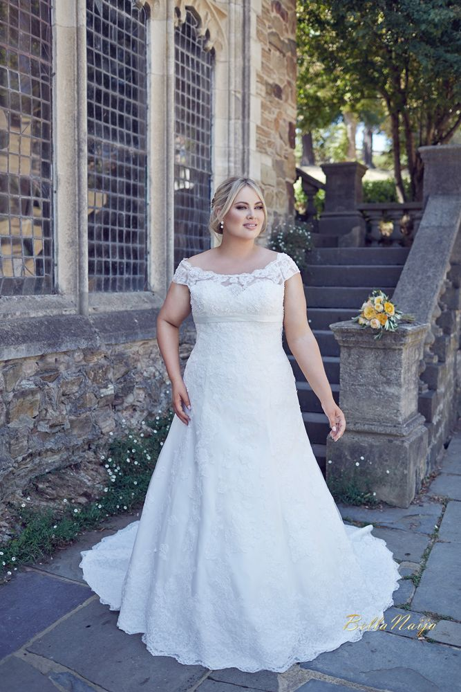 robe de mariée grande taille …   showtime en 2019… ca4504c619f4