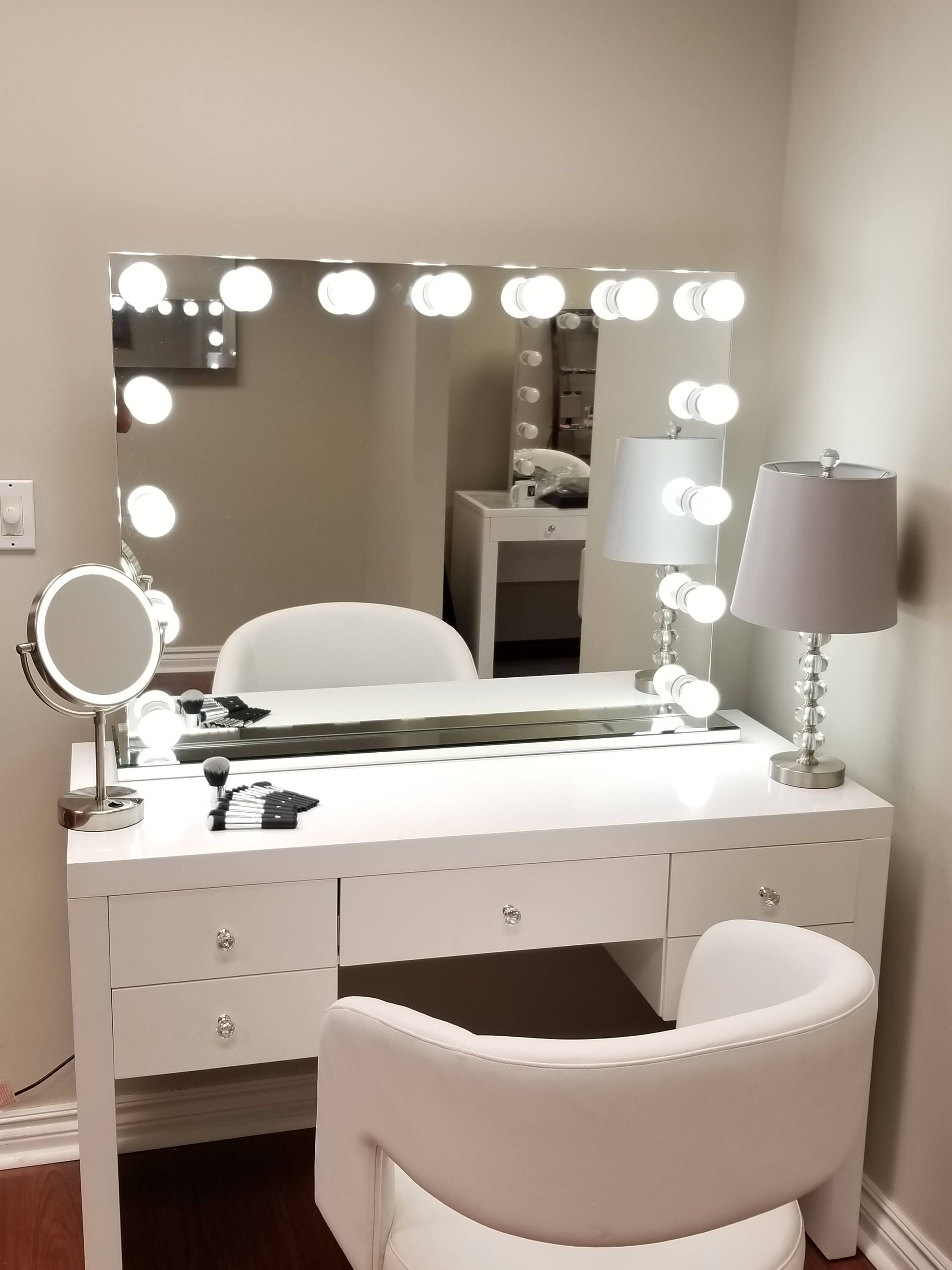 Xxl Bluetooth Hollywod Forever Lighted Vanity Mirror W Sliding Dimmer Dual Outlets By Impactvanity On E Lighted Vanity Mirror Vanity Mirror Stylish Bedroom