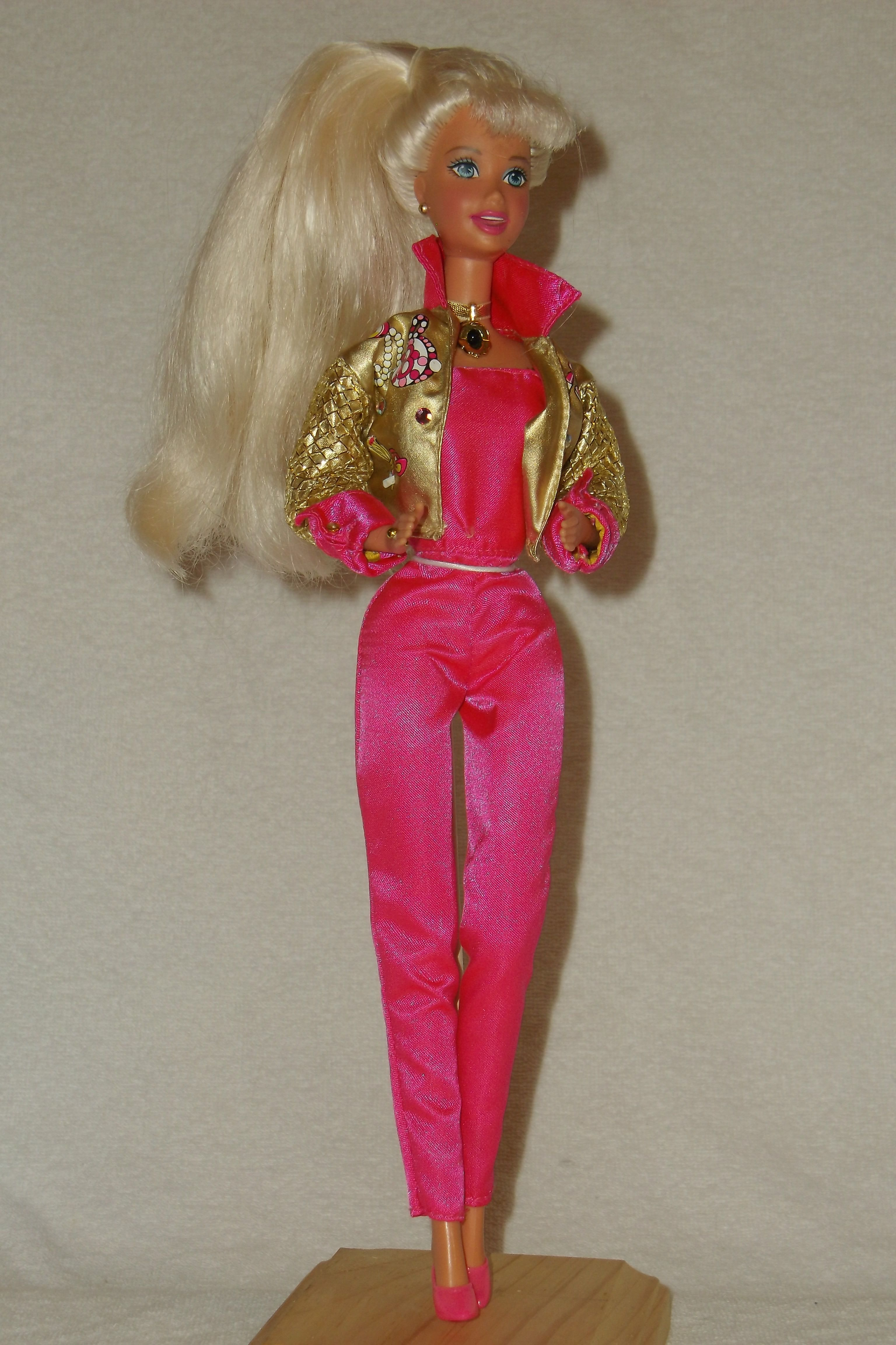 Talk with Me Barbie Doll New