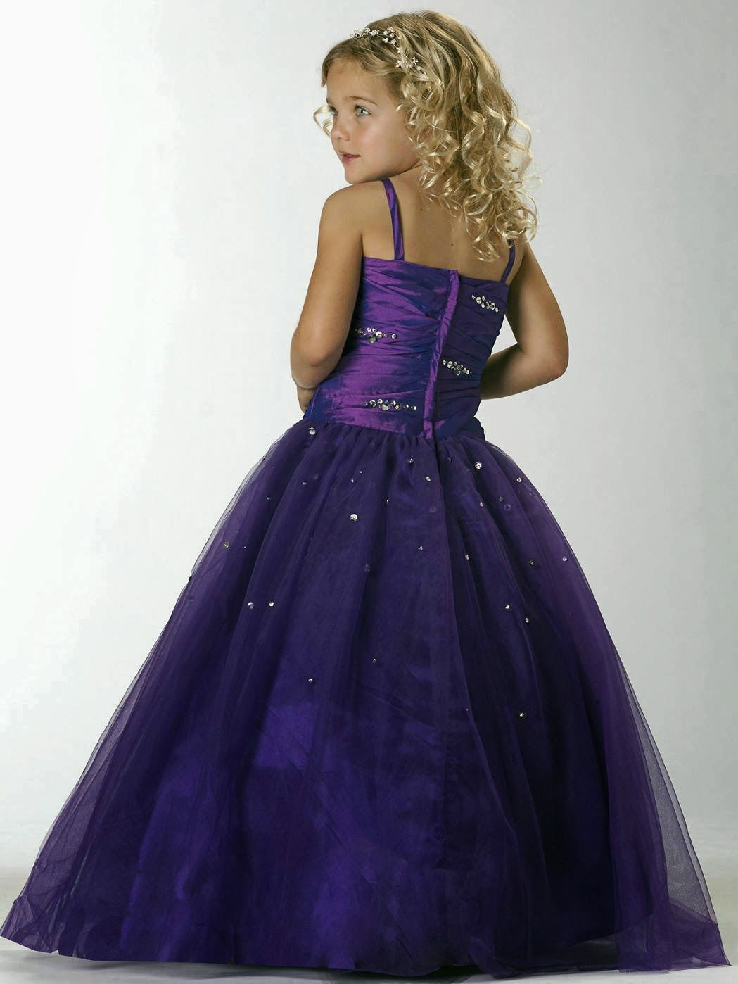 Lindos vestidos de fiesta para nia moda y tendencias nias deep purple flower girl dresses wedding and bridal inspiration lindos vestidos de fiesta para nia moda y tendencias izmirmasajfo