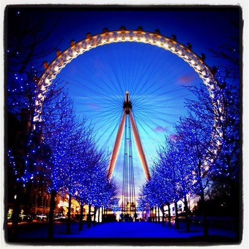 Christmas Places To Visit In London: London Eye At Christmas.