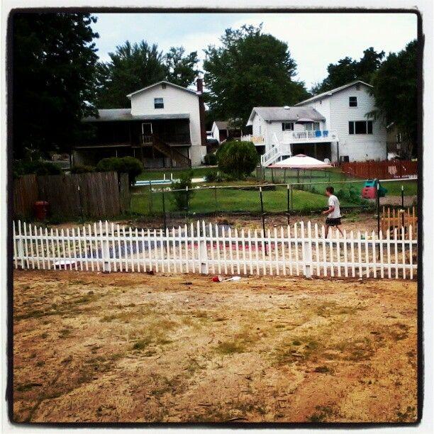 45 Affordable Diy Design Ideas For A Vegetable Garden: Fence Around Garden June 2012 Photo By Keohanepaula