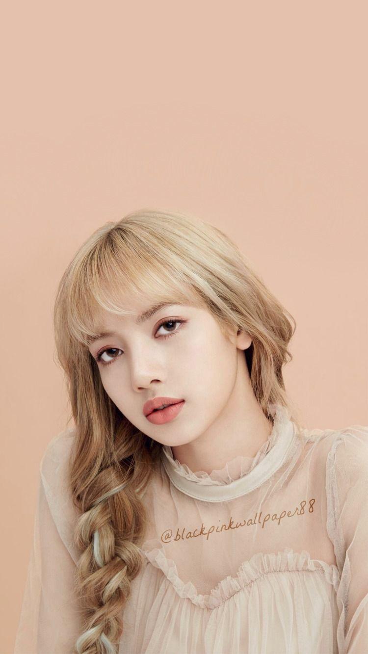 Lisa Moonshot Lisa Blackpink Wallpaper Pink Walpaper Black Pink Kpop