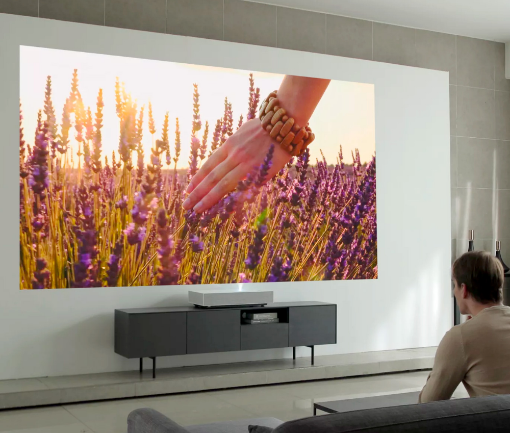 Lg S Latest Short Throw 4k Laser Projector Creates A Huge Hd Image Projector Wall Home Cinema Projector Short Throw Projector