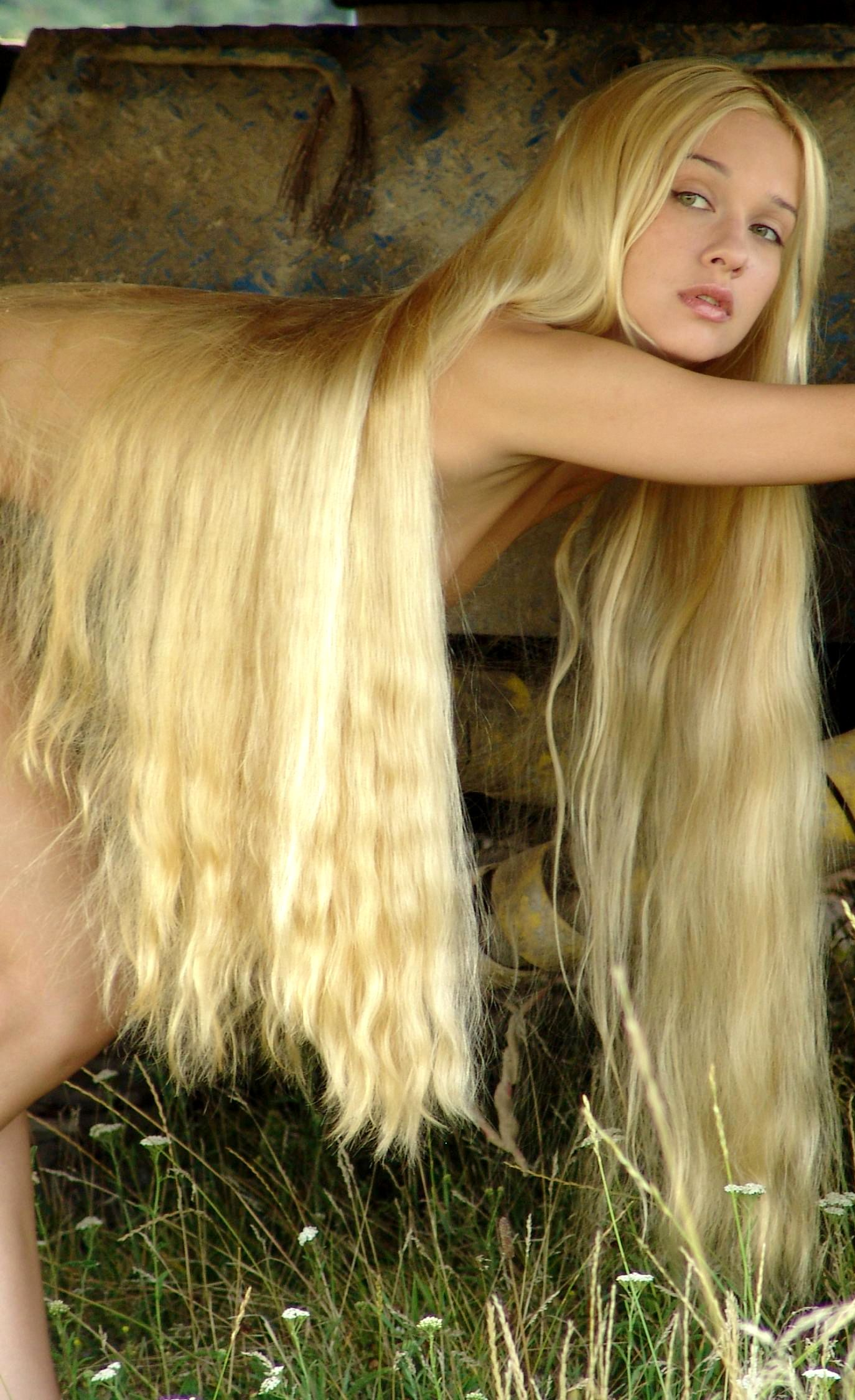 beautiful nude women with very long hair