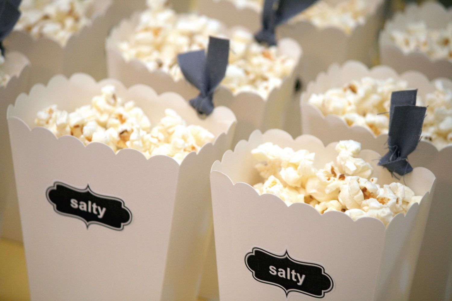 Adorable Popcorn Boxes Close-up | BAKE sale | Pinterest | Popcorn ...