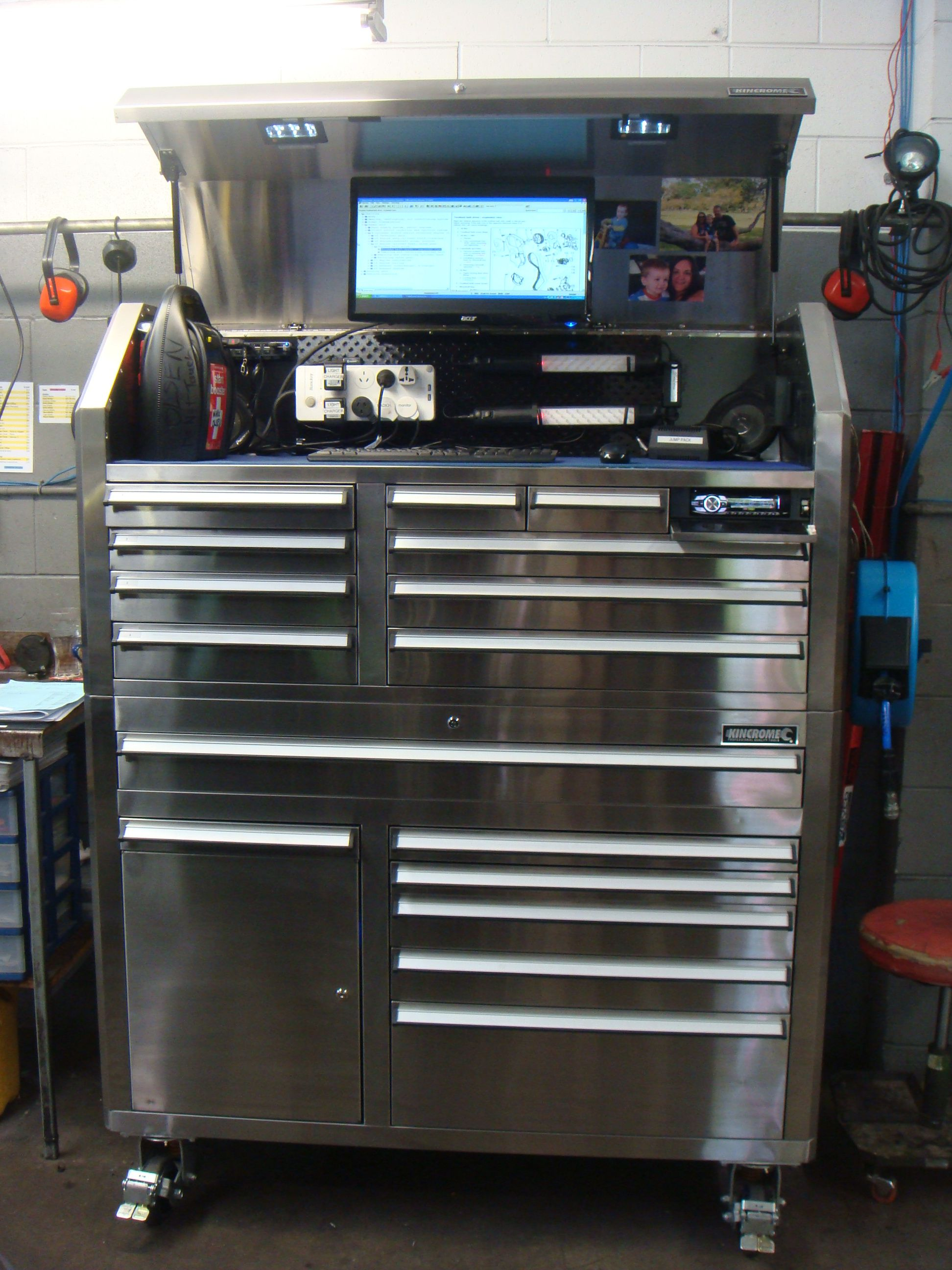 Bunnings Metal Racking I Bought This Toolbox At Bunnings In New Zealand I T Has