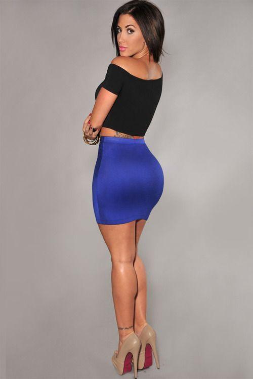 Latina in tight dress