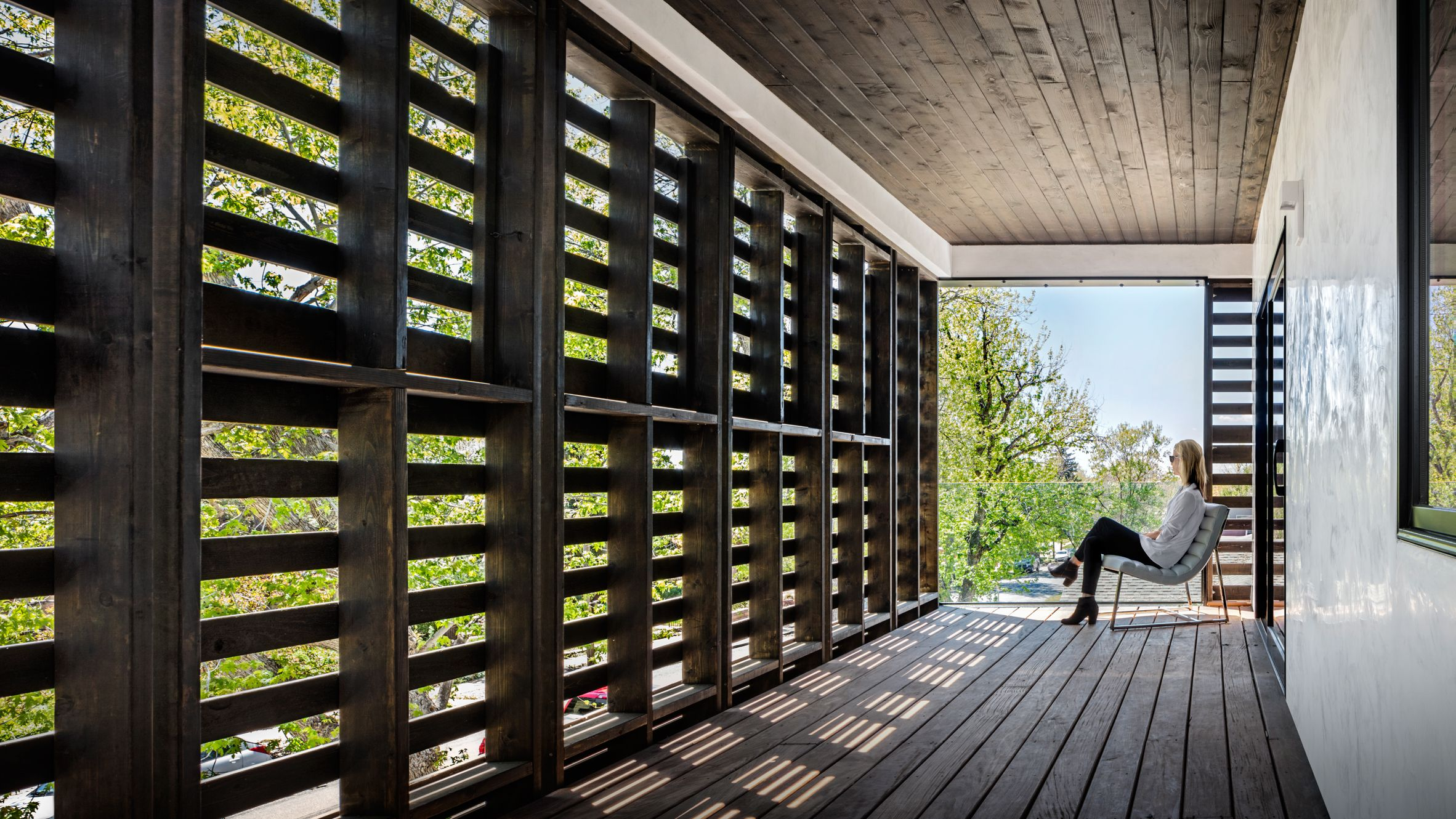 Meridian 105 s Denver house features screens made from wooden