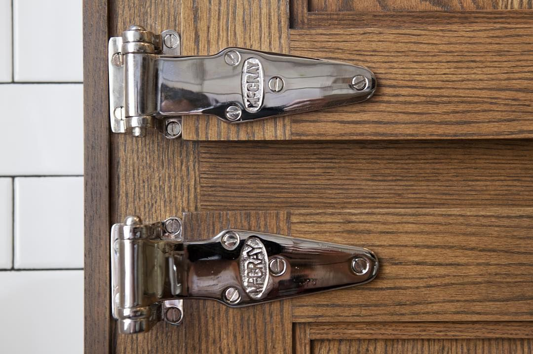 The Little Things Count Mccray Vintage Ice Box Hinges Ninafarmerinteriors Designer Designinspiration Design Interi Vintage Ice Box Hardware Box Hinges
