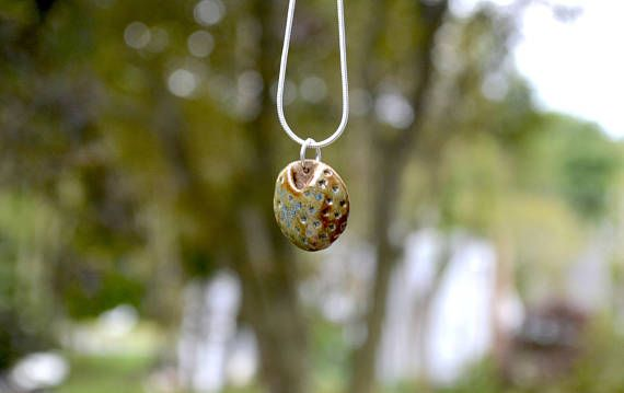 Essetial Oil Diffuser Necklace  Aromatherapy pendant
