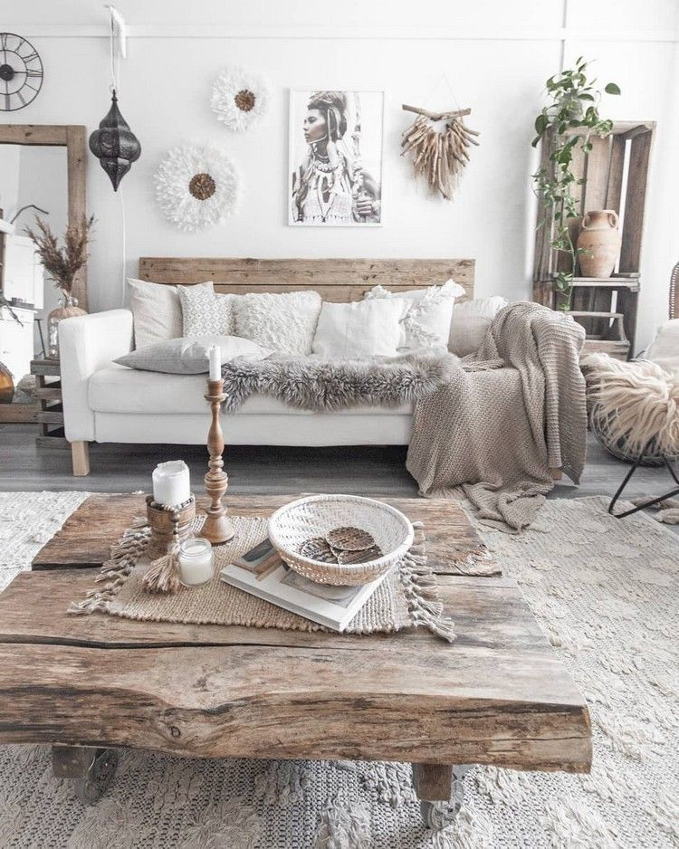 Bohemian decor is all about to play with textures. This picture is a beautiful d...