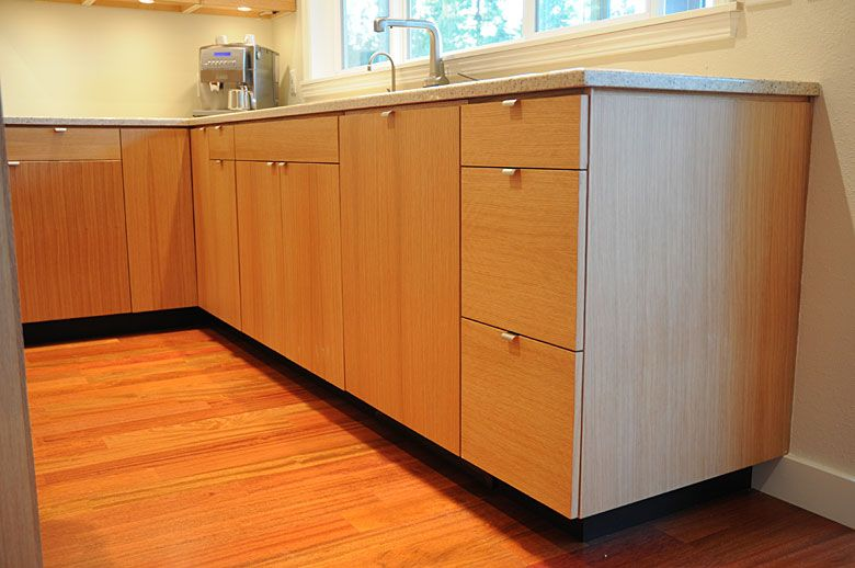 Rift swan white oak kitchen seattle bathroom remodel for Kitchen cabinets seattle
