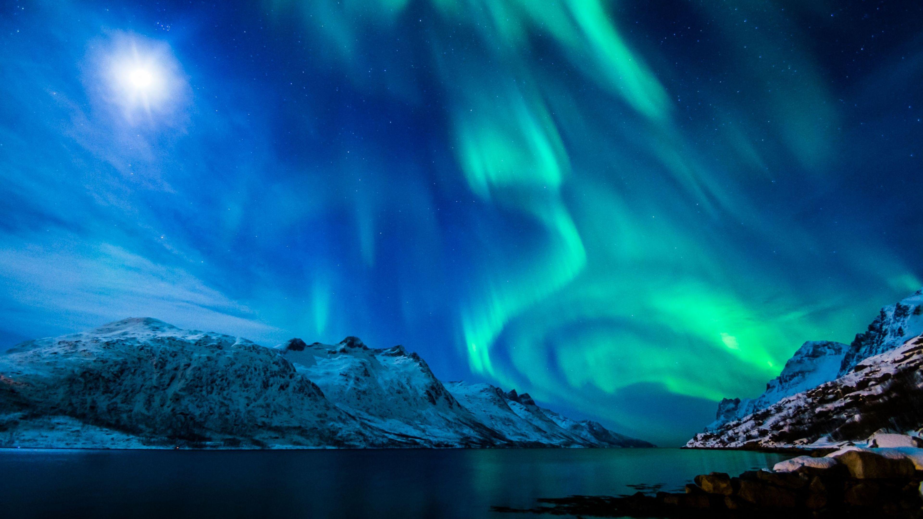 Fisheye Aurora Borealis 4K Ultra HD Wallpaper