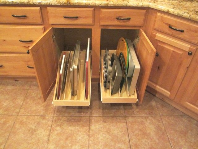 Traditional Cabinet And Drawer Organizers