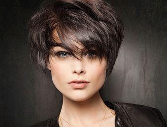 modèle coiffure cheveux courts femme 50 ans Hair style
