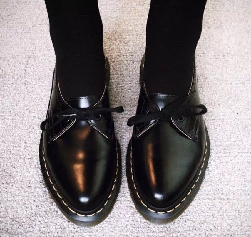 Dr Martens Siano US 7 UK 5 EU 38 Doc Pointy Pointed Toe One