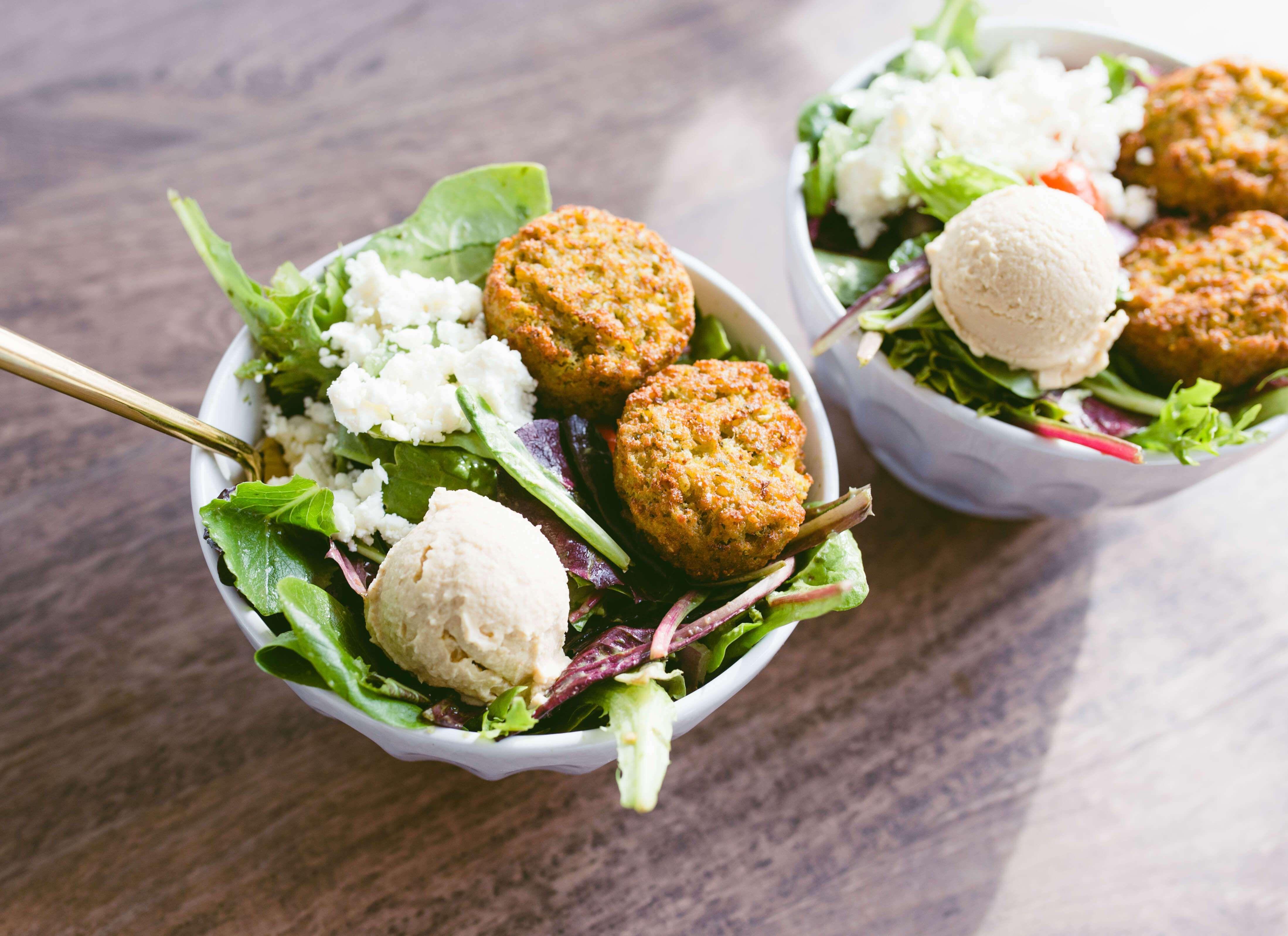 Sweetgreen Hummus Tahina Salad At Home Twinspiration Quick Easy Meals Spring Mix Salad Recipes [ 3193 x 4395 Pixel ]