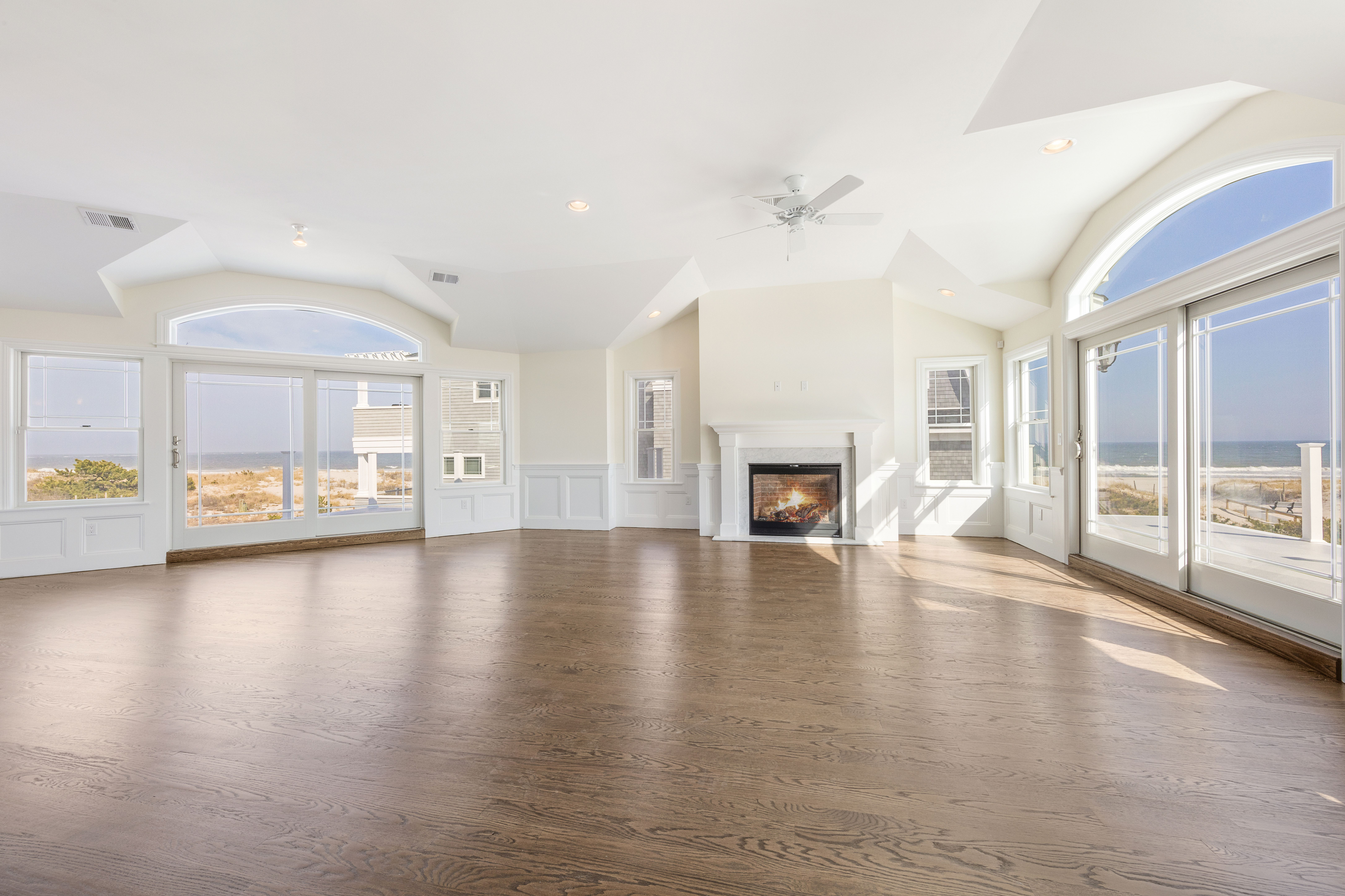This 4000 sqft estate boasts 6 bedrooms, 5 full baths, and