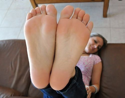 Brook Horny Feet Foot Massage Fetish And Foot Worship Fetish Find Sexy Foot Fetish Online