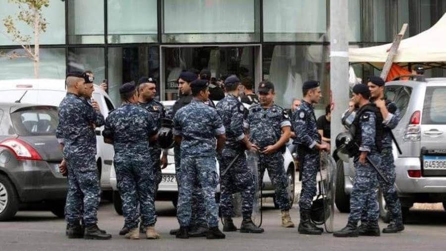 عاجل الداخلية اللبنانية نقل 20 عنصرا من قوى الأمن بينهم 3 ضباط إلى المستشفيات Kimono Top Women Women S Top
