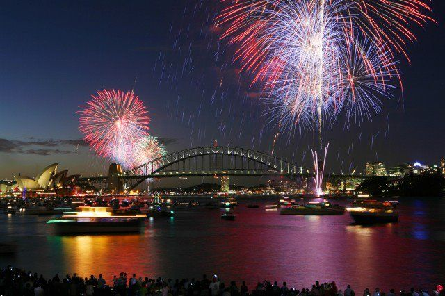 Sidney Australia New Year S Eve 2000 Unforgettable City Travel Holiday City Fireworks