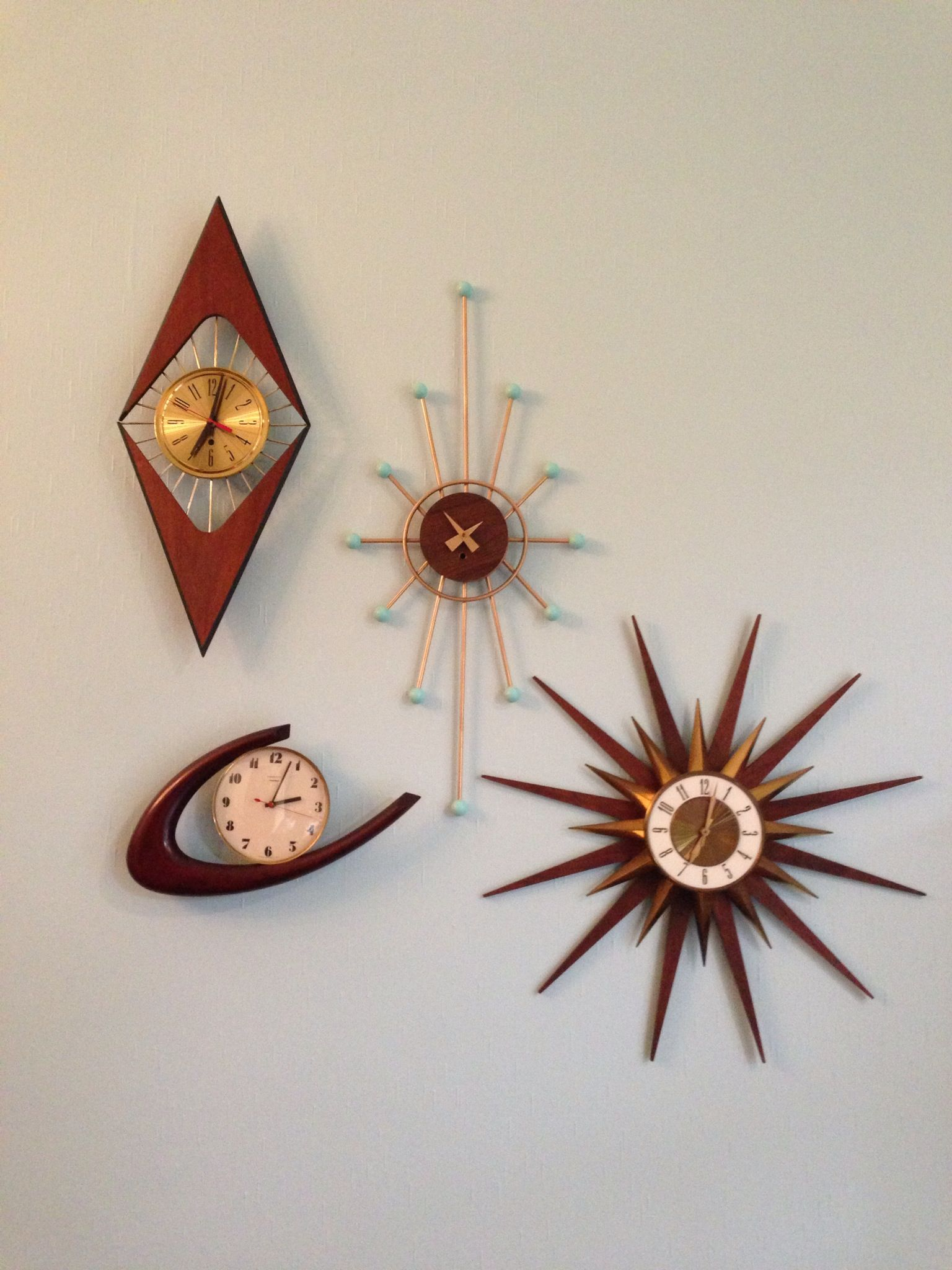 Mcm Wall Clocks, Love The Multiple Clocks Hung Together