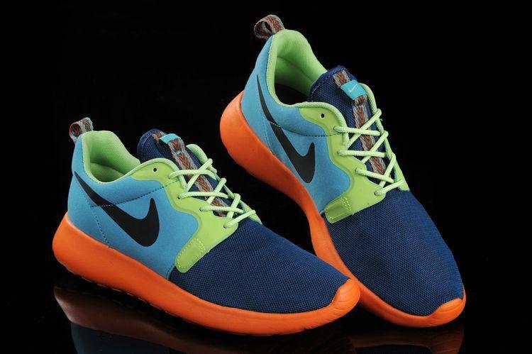 buy popular 5b04f ebd69 ... Chaussures de mode 636220 300 Roshe Run Hyperfuse Mens Catalina Space  Blue Poison Hyper Crimson . ...