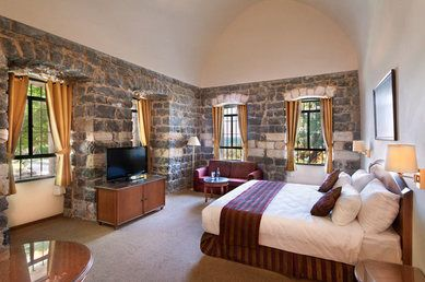 Scots Hotel