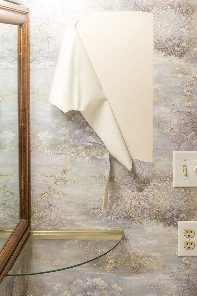 Remove Old Wallpaper Learn The Step By Process And Necessary Supplies For Removing Then Find Out How To Best Paint Over Finished