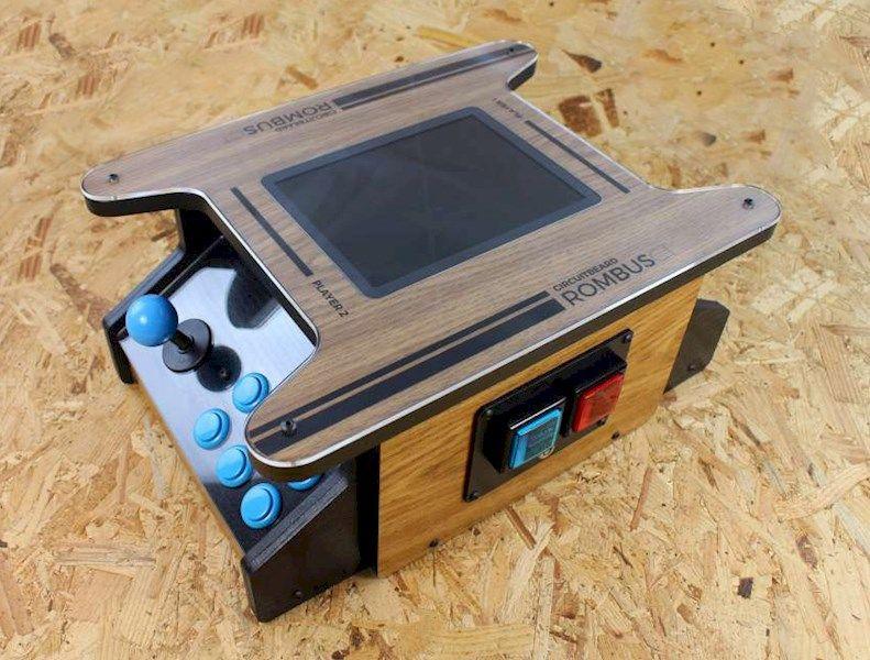ROMBUS-CT - A Raspberry Pi Powered Mini Cocktail Arcade