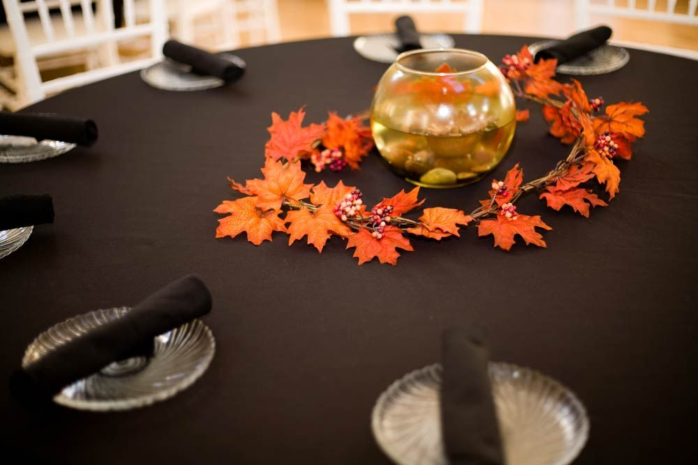 Wedding table decorations for your reception how to wow your guests wedding table decorations for your reception how to wow your guests junglespirit Image collections