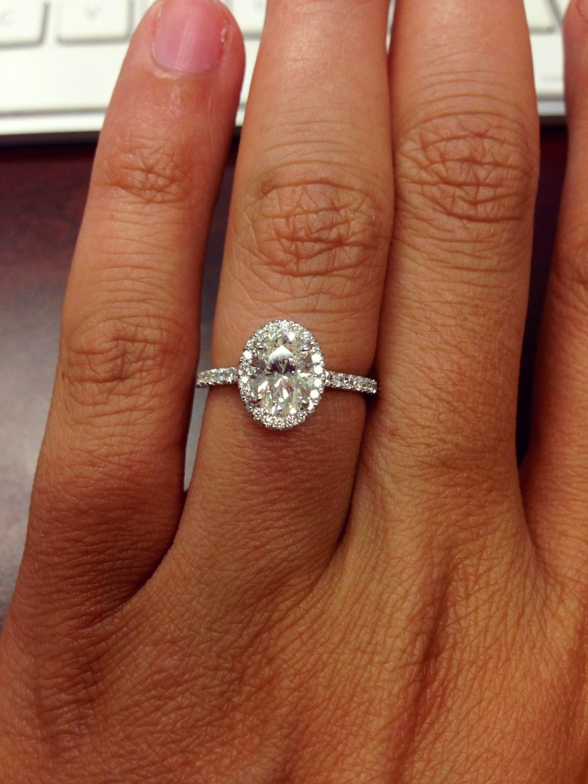 Never even considered an oval diamond but this is absolutely gorgeous I ca