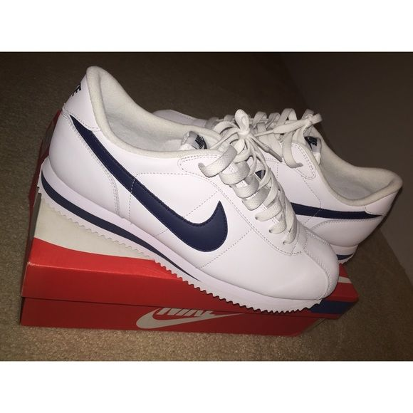 check out f4c4f 7cbf5 Men s Nike Cortez Basic Leather 06 Shoes Brand new, no tags. In original box.  Never worn. White and navy blue swoosh. Sorry price is firm.