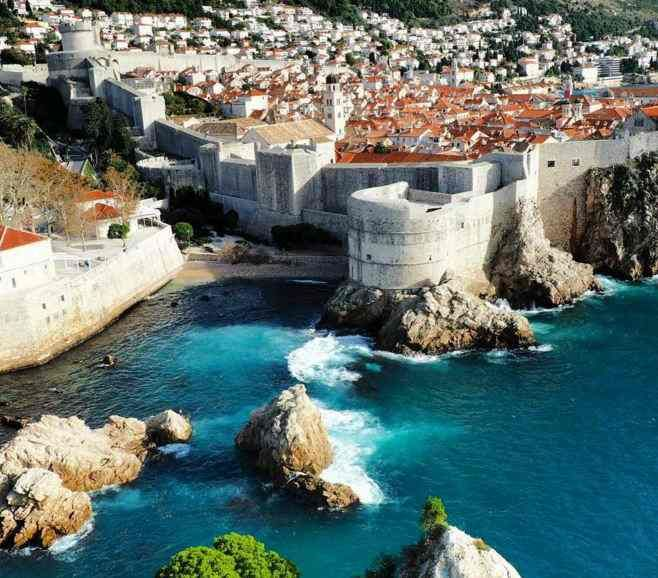 King S Landing Dubrovnik Croatia Dubrovnik Has Always Been Popular For Its Beauty But Has Gained Even More Popularity Since The Old Croacia Europa Inspirar