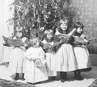28 best Vintage Christmas Carolers images on Pinterest | Vintage ...