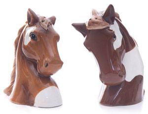 HORSES KISSING LOVE HORSEY CERAMIC SALT /& PEPPER SHAKERS SET.NEW KITCHEN DECOR
