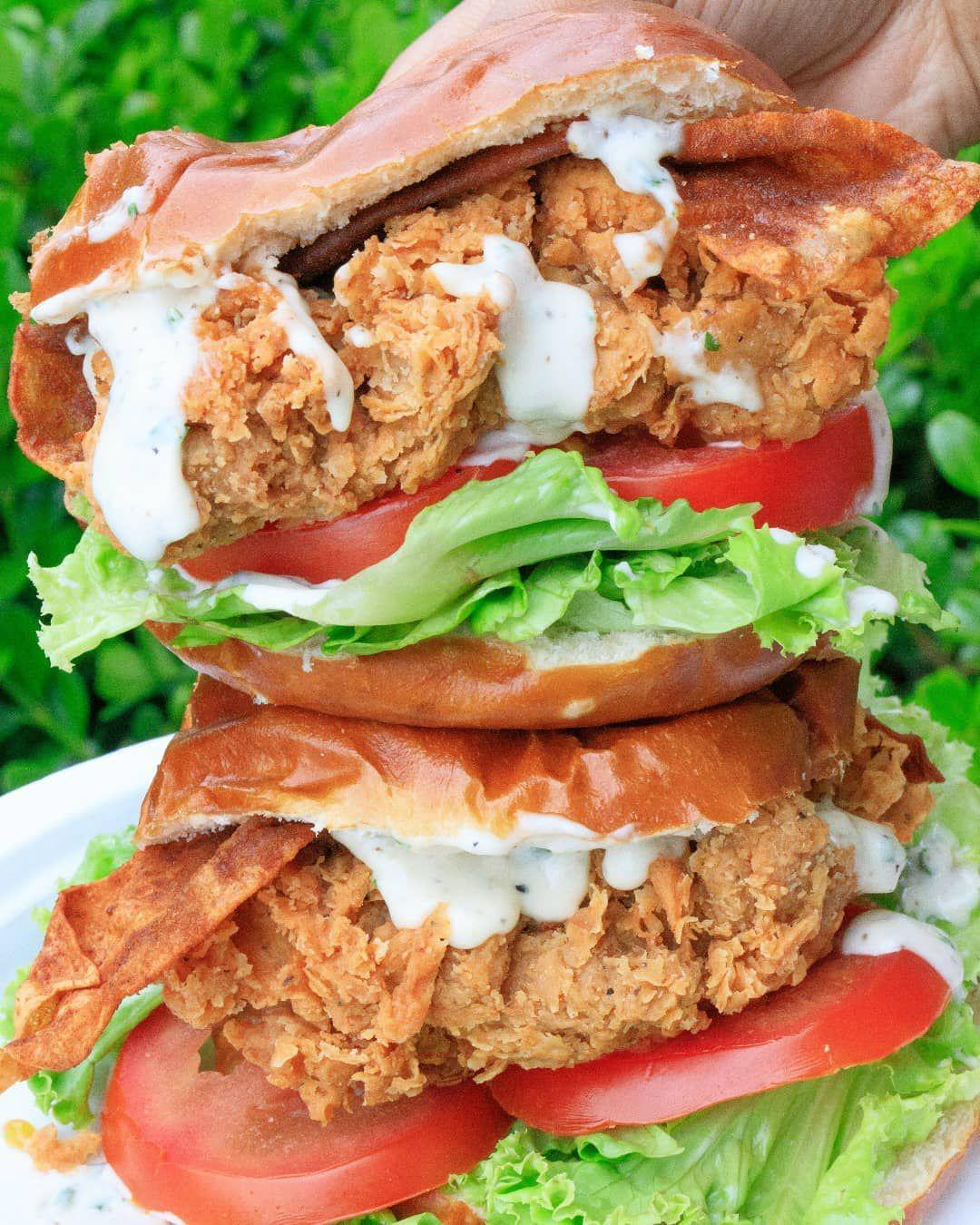 On Sunday S Shark Tank Jonathan And Deborah Torres Founders Of Atlas Monroe Believed Their 100 Vegan Vegan Fried Chicken Vegan Fries Plant Based Burgers