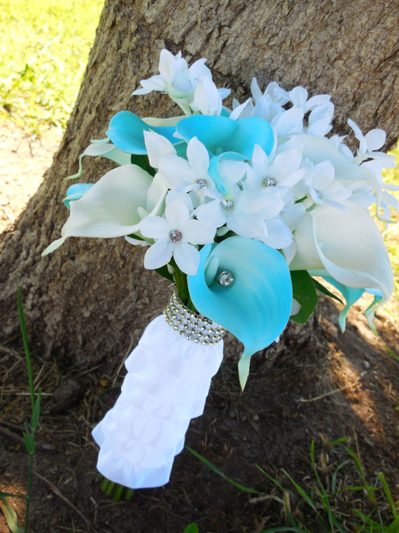 Sky blue bouquet with Real Touch calla lilies, ruffle bouquet wrap and diamond ribbon accent by BuckLakeBridal