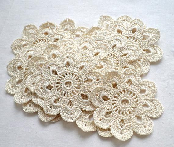 Crochet flower motifs Flower applique Beige crochet flowers Set of 3 Irish crochet Irish lace wedding decor Hat hair decor Clothes decor #irishcrochetflowers
